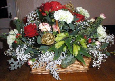 Red rose festive basket