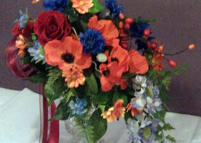 Red and blue wedding teardrop bouquet