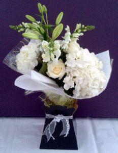 Blousey white bouquet