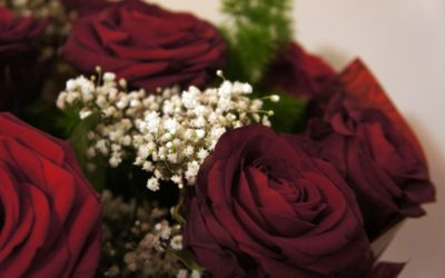 Love is in the air, express it through flowers