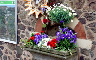 Shrinking Violet Bespoke Flowers awarded Bronze prize in Malvern Well Dressing